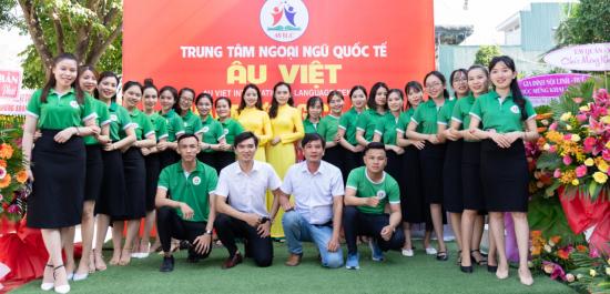 Áo thun Trung tâm ngoại ngữ Âu Việt